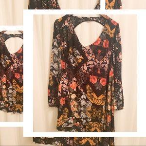 💙2/$30 Haute Hanger Black Floral Print Dress